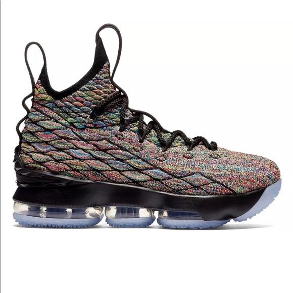 competitive price 8a790 75c5e Nike LeBron James XV basketball shoes 🔥